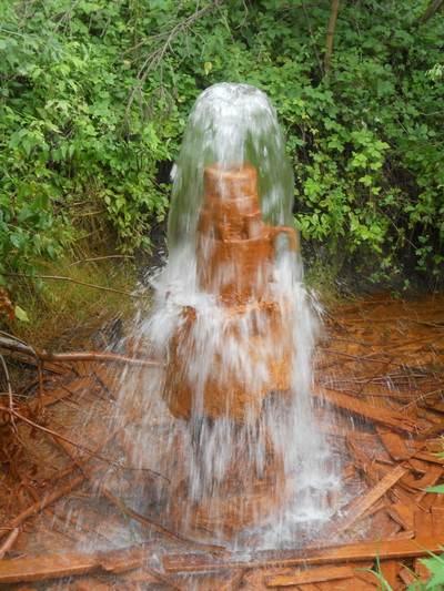 Артезианская скважина – это практический неиссякаемый источник воды.