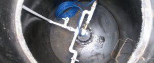 Строительство скважины на два дома всегда возможно, если предусмотреть равноправное водоснабжение всех участников кооперации.